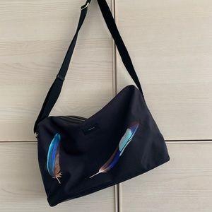 Feather print Weekend Bag